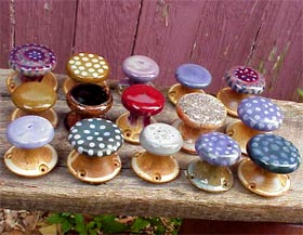 Gas-fired pottery door knobs